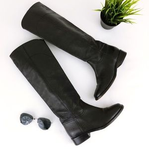 CHANEL Authentic Ascot Tall Pebbled Leather boot